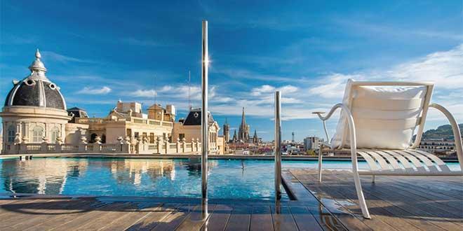 barcelona-teras-havuz-hotelOhla