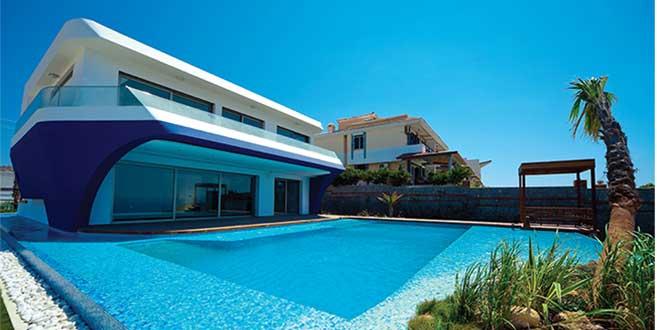 Çok özel bir villa – Çeşme – Pekcan Havuz